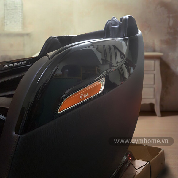 Ghế massage toàn thân Royal R668